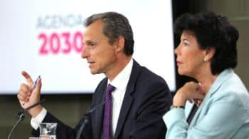 Duque y Celaá piden la indemnización tras dejar el Gobierno: 4.990 euros al mes durante dos años