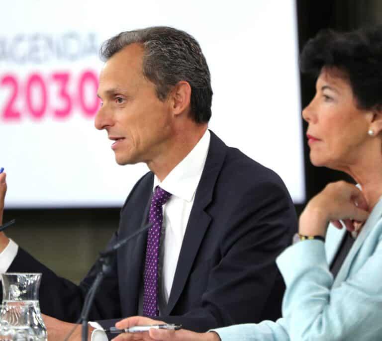 Los ex ministros Duque y Celaá piden la cesantía: 4.990 € al mes durante dos años