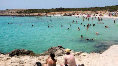 Reino Unido da otro palo al turismo español y saca a las Baleares de su lista verde