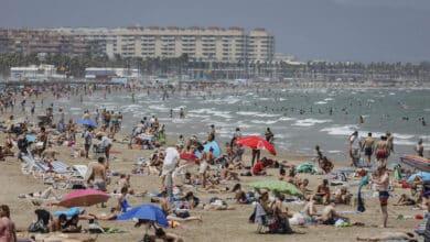 La patronal del turismo alerta de un frenazo en las reservas de viajeros extranjeros