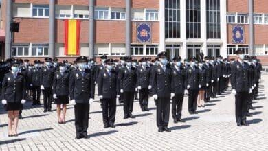Aspirantes a policía recurren ante el Supremo que se les excluya por portar lentes intraoculares