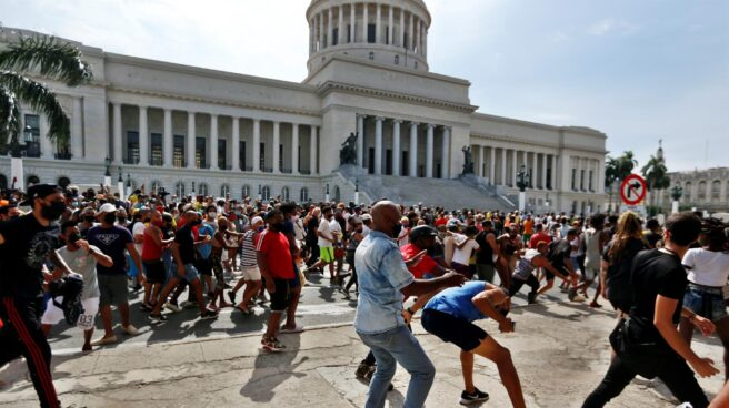 Protestas frente al Capitolio de Cuba.