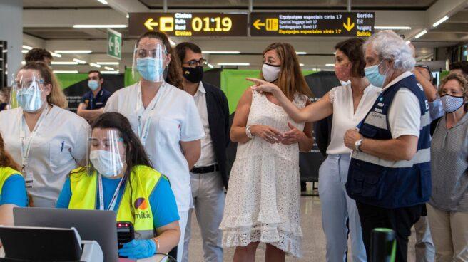 Controles covid en el aeropuerto Son Sant Joan de Palma de Mallorca.