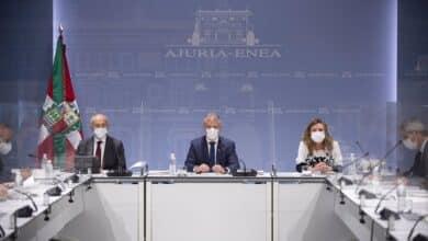"""Euskadi prohíbe los botellones y Urkullu recomienda """"el uso de la mascarilla en todo momento"""""""