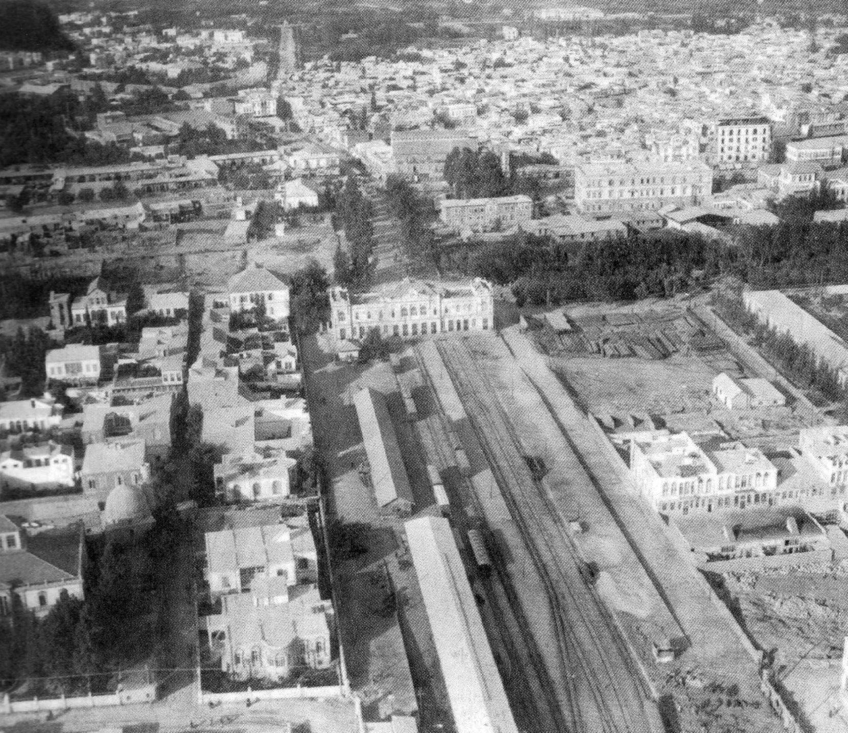Vista aérea de la estación de tren de Hiyaz en el centro de Damasco (Siria)