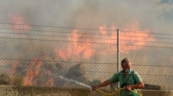 Incendios en Ávila: empeora el fuego en Navalacruz y la UME despliega a 191 militares