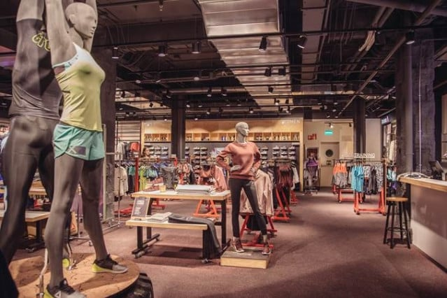 Adidas vende Reebok a Authentic Brands Group por 2.100 millones