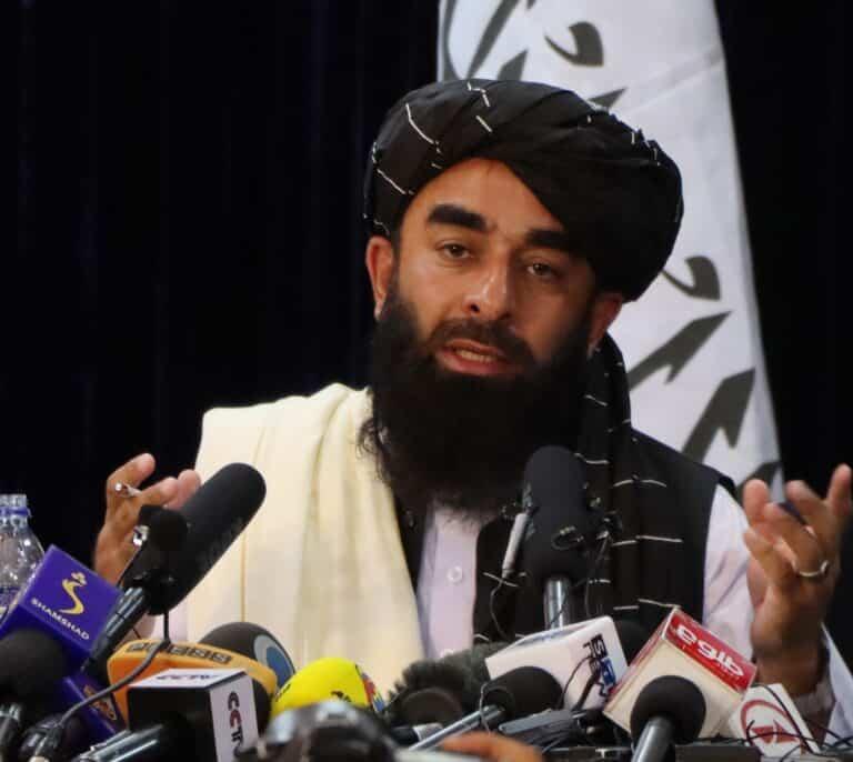 El FMI congela el envío de fondos a Afganistán tras el ascenso talibán