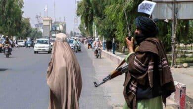 Los talibanes buscan casa por casa a colaboradores de extranjeros en Afganistán