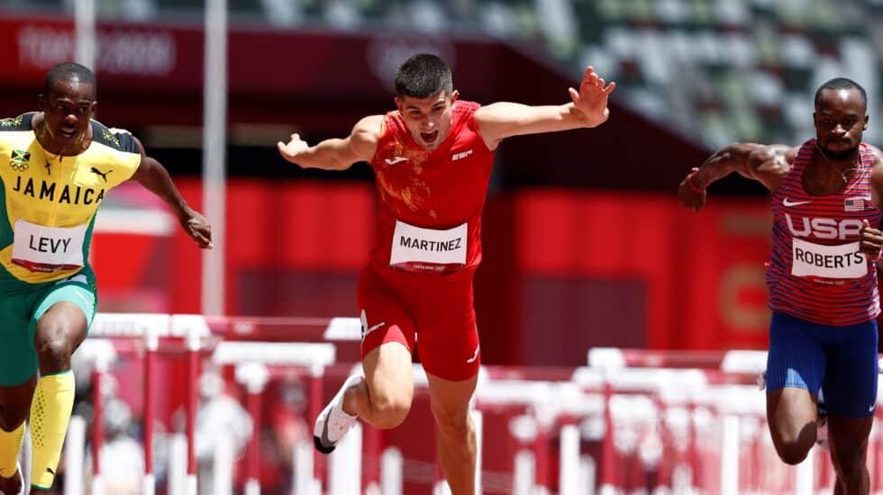 El vallista navarro Asier Martínez, en las semifinales de los Juegos de Tokio