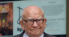 Fallece Ed Asner, actor de la serie 'Lou Grant'