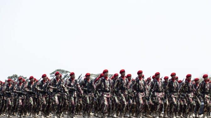 El Ejército de Indonesia anuncia el fin de las pruebas de virginidad a las reclutas