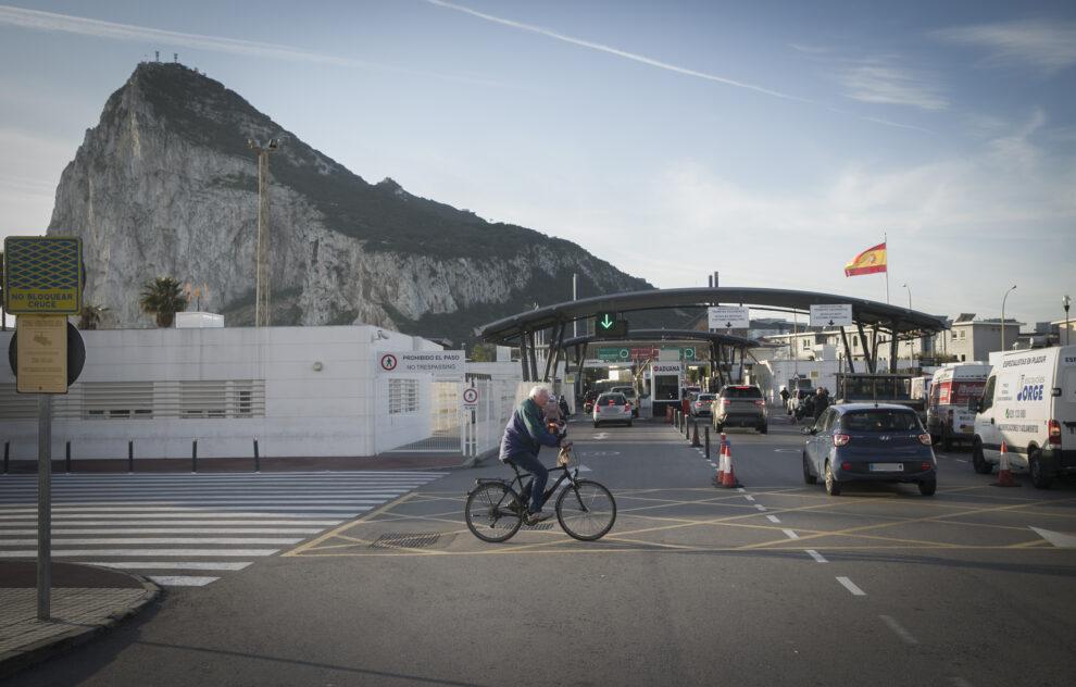 Frontera entre La Línea de la Concepción y Gibraltar.