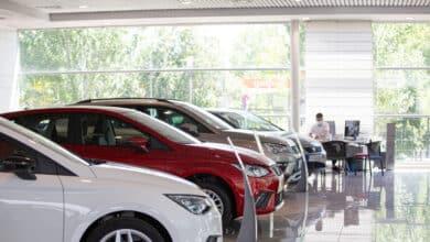 El 70% de las ventas de coches son aún de combustibles fósiles a pesar del cerco del Gobierno