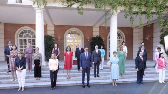 El plan fallido de Sánchez: el PSOE no rentabiliza la crisis de Gobierno más de un mes después