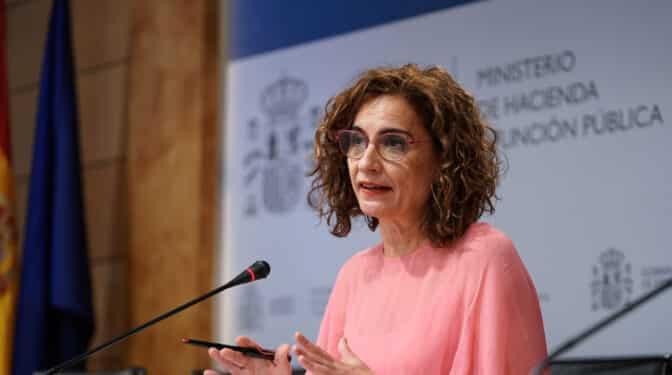 El Gobierno culpa a Rajoy y Aznar del encarecimiento del precio de la luz