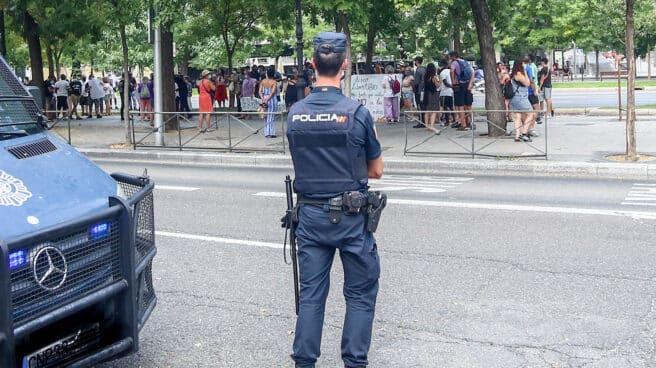 Un policía nacional, en Madrid.