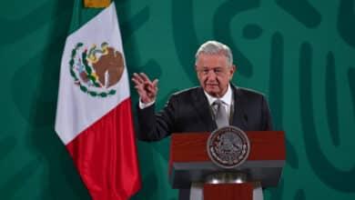 """El presidente de México lamenta que """"está retoñando el franquismo en España"""""""