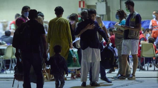 Más de 500 afganos ya están en España y la mitad ha pedido asilo