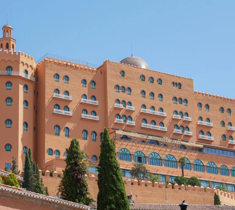 El Palace, en las entrañas de la otra Alhambra de Granada