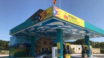 Las gasolineras independentistas recurren al Estado con un crédito ICO tras perder dos millones de facturación