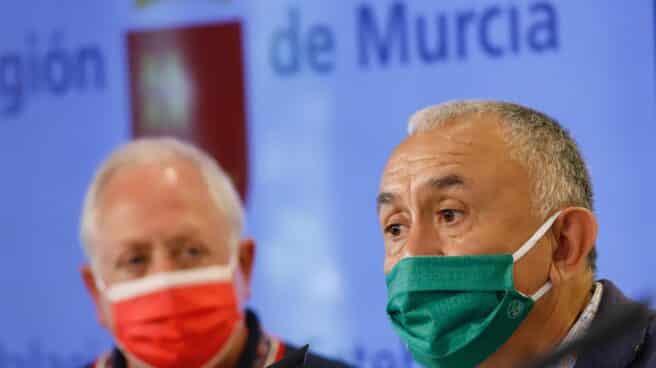 El secretario general de UGT, Pepe Álvarez (izquierda), junto al secretario general de UGT en Murcia, Antonio Jiménez.
