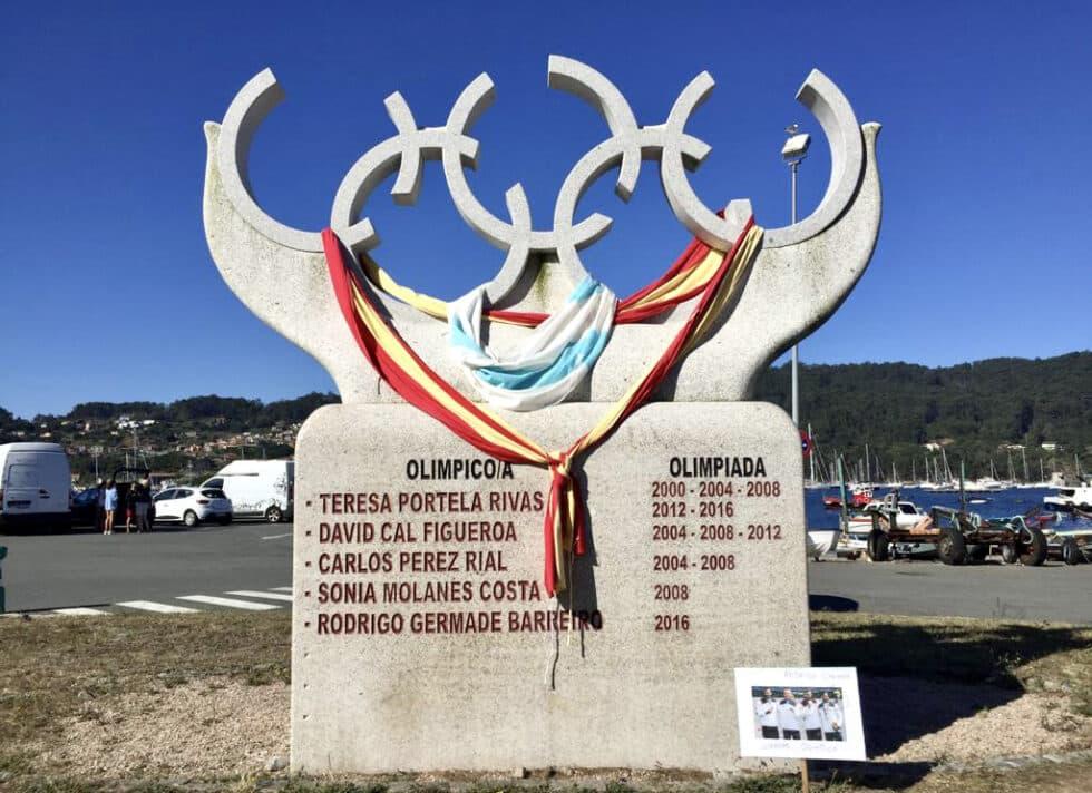 Monumento a los olímpicos de Aldán