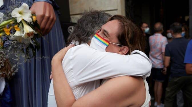 Ada Colau rompe a llorar tras ser abucheada en el pregón de las fiestas de Gràcia