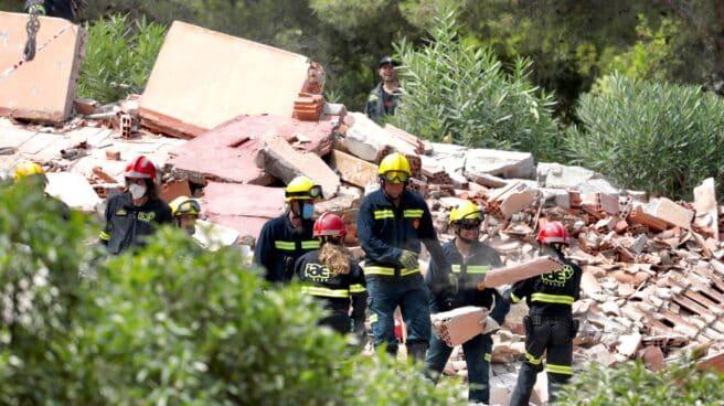 El edificio de tres plantas que se ha derrumbado en una urbanización de Peñíscola