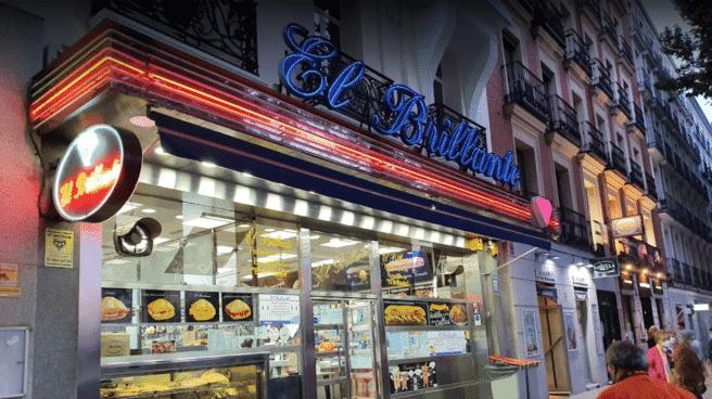 Bar El Brillante, frente a la estación de Atocha (Madrid)