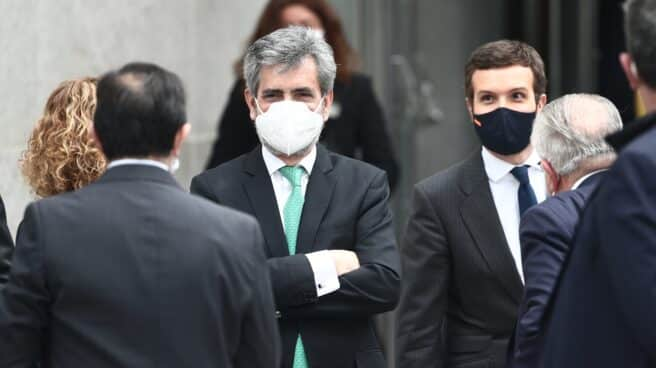 El presidente del Consejo General del Poder Judicial, Carlos Lesmes; y el líder del PP, Pablo Casado.