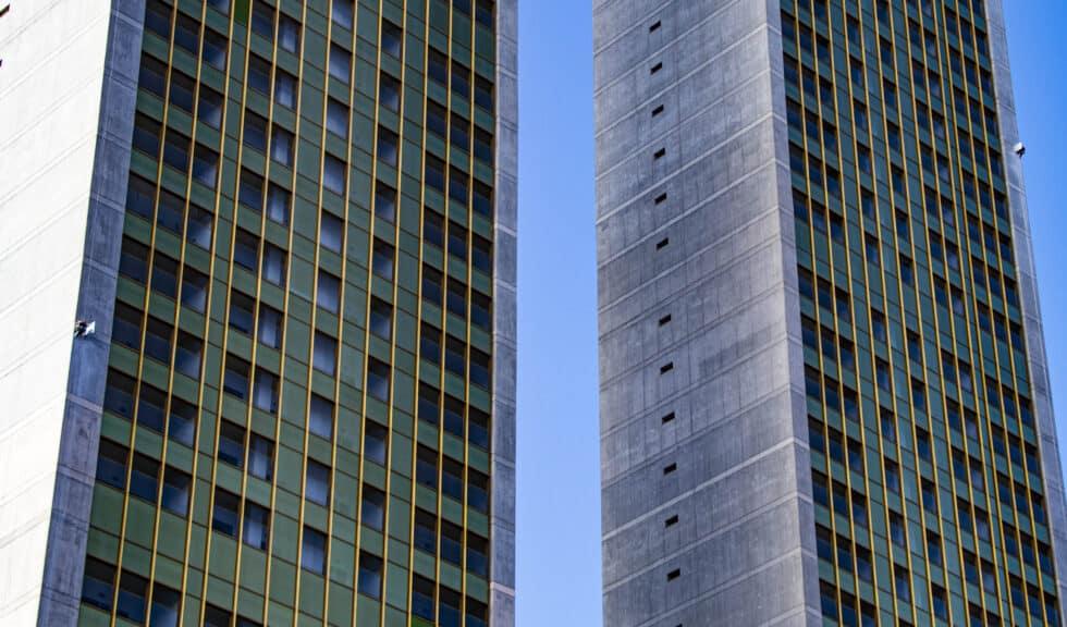 detalle de las torres del Edificio Intempo.