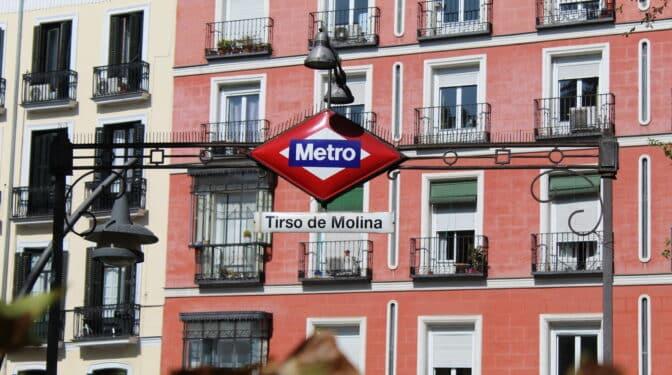 Un antiguo convento y un cementerio de frailes: la historia del Metro de Tirso de Molina