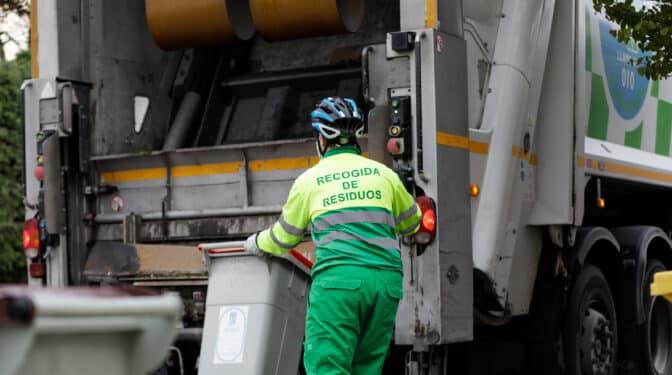 Seis grandes empresas se reparten el nuevo 'megacontrato' de limpieza de Madrid