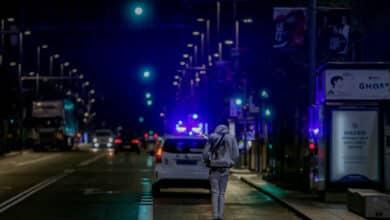 Denunciado un joven que conducía un patinete eléctrico desnudo y ebrio en Pontevedra