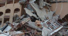 Se derrumba un edificio de tres alturas en Peñíscola (Castellón) con personas atrapadas en su interior