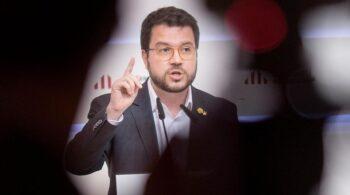 """Aragonés señala el """"chantaje inaceptable"""" del Gobierno al suspender la ampliación de El Prat"""