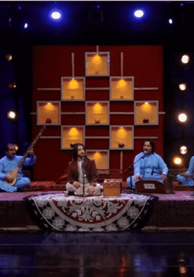 El Emirato del silencio melodioso: los talibán prohíben la música