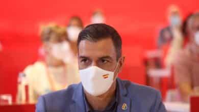 Sánchez incumple el objetivo de vacunar al 70% de la población a mediados de agosto