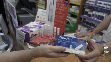 La venta de test de antígenos en farmacias cae un 48,8% desde su aprobación