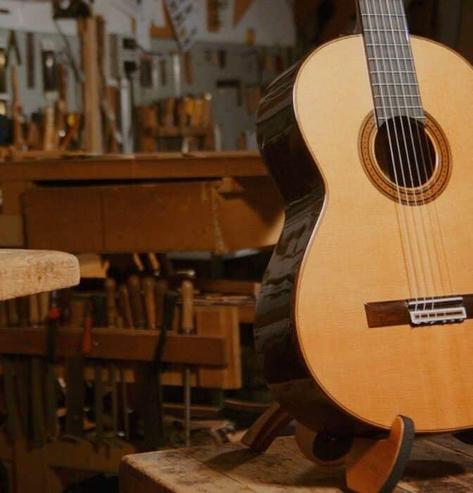 Las guitarras madrileñas que han tocado desde Paul McCartney hasta Paco de Lucía