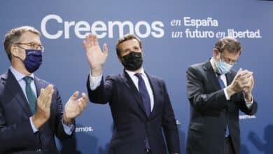 Casado y Rajoy en el sillón del barbero