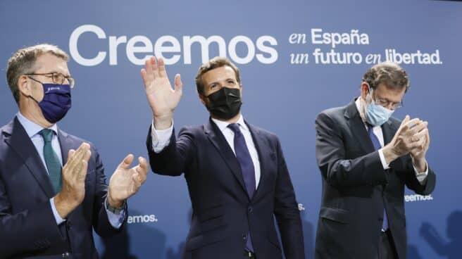 Feijóo, Casado y Rajoy, en Santiago de Compostela.