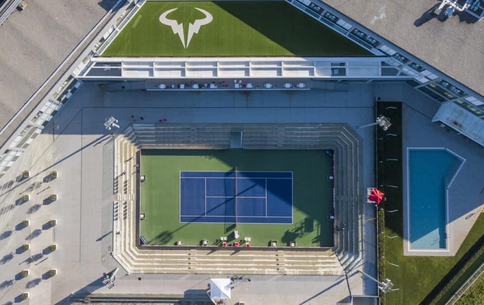 Imagen aérea de la pista central de la academia