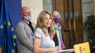 El Gobierno acuerda con sindicatos y empresarios prorrogar los ERTE hasta marzo