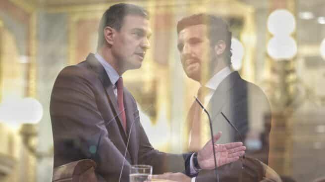 Montaje del líder del PP, Pablo Casado (d), y el presidente del Gobierno, Pedro Sánchez.