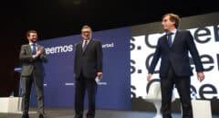 """Almeida reivindica ante Casado el """"modelo de Madrid"""" en una jornada marcada por la ausencia de Ayuso"""