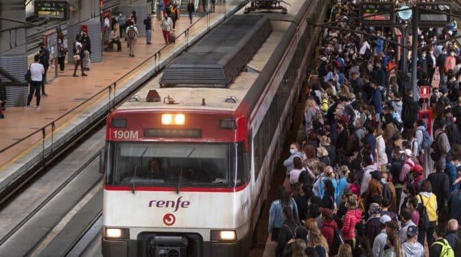 Aglomeraciones en Atocha por la huelga de Renfe