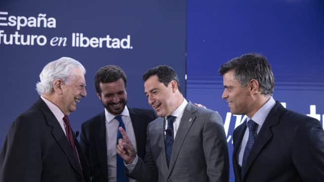 Vargas Llosa, Casado, Moreno y Leopoldo López, en la Convención del PP.
