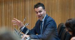 Sánchez sustituye a Lastra por el canario Héctor Gómez como portavoz del PSOE en el Congreso